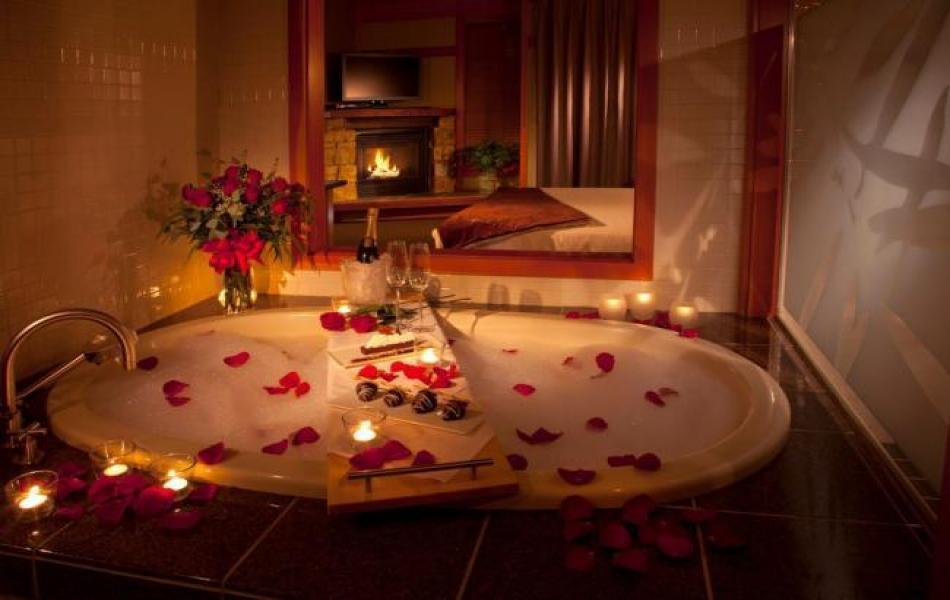 Как устроить романтический вечер для девушки?